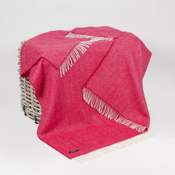 Cashmere Throw Raspberry Herringbone