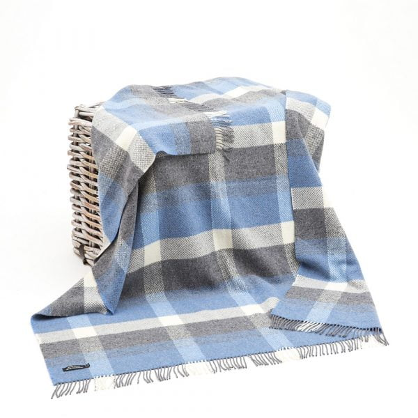 Cashmere Throw Denim Cream & Pale Grey Check