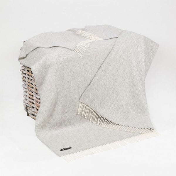Cashmere Throw Pale Grey & Cream Herringbone
