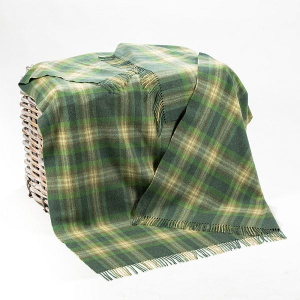 Lambswool 100% Throw Green Mix Camel Check