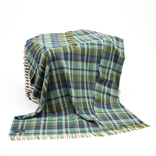 Lambswool 100% Throw Green Mix with Blue Tartan