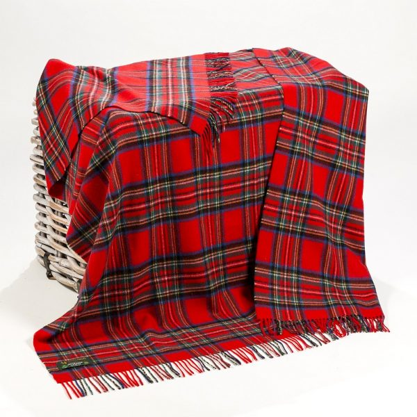 Lambswool Throw Royal Stewart Tartan