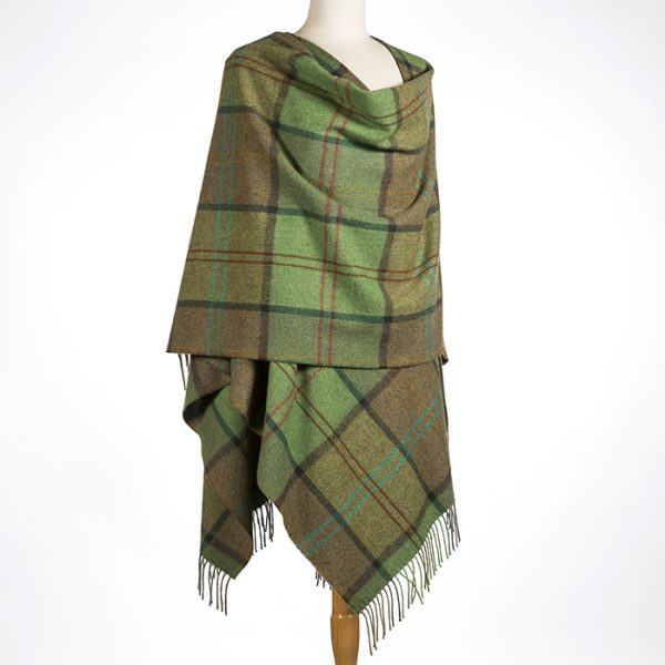 Lambswool Cape Green Earthly Check