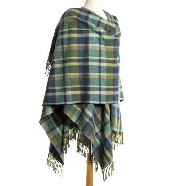 Lambswool Cape Green Mix with Blue Tartan