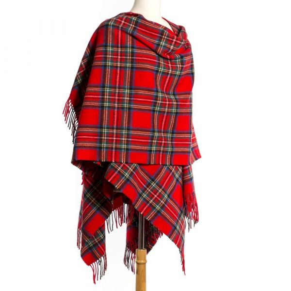 Lambswool Cape Royal Stewart Tartan