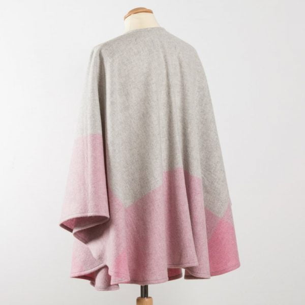 Lambswool Cape Grey Pink